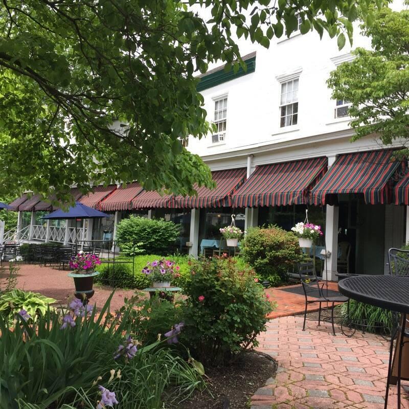 Brick Hotel & Restaurant In Newtown, PA
